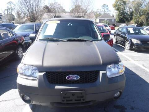 2006 Ford Escape for sale at Maluda Auto Sales in Valdosta GA