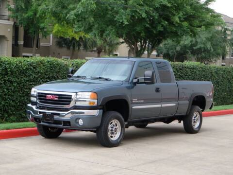 2007 GMC Sierra 2500HD Classic for sale at RBP Automotive Inc. in Houston TX