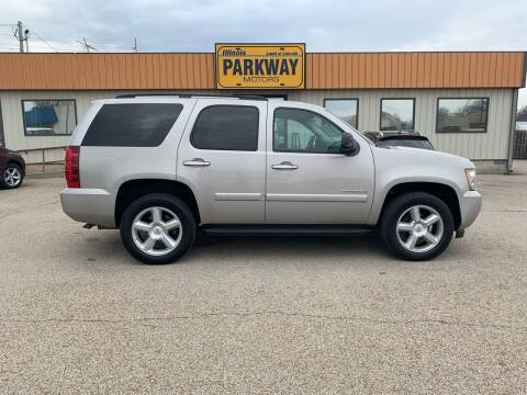 2008 Chevrolet Tahoe for sale at Parkway Motors in Springfield IL