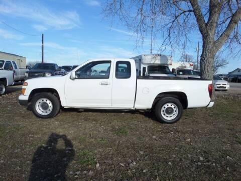 2011 Chevrolet Colorado for sale at AUTO FLEET REMARKETING, INC. in Van Alstyne TX