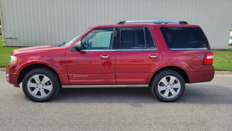 2015 Ford Expedition for sale at TNK Autos in Inman KS