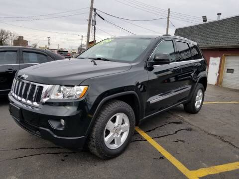 2013 Jeep Grand Cherokee for sale at DALE'S AUTO INC in Mt Clemens MI