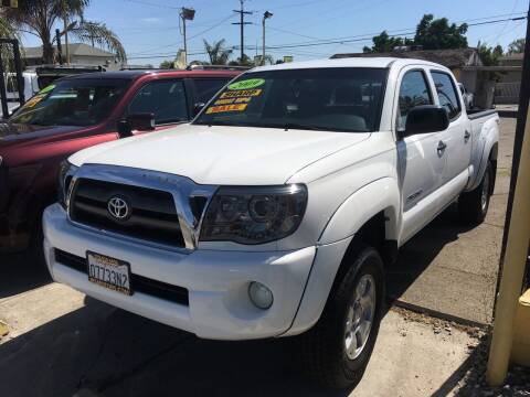 2009 Toyota Tacoma for sale at JR'S AUTO SALES in Pacoima CA