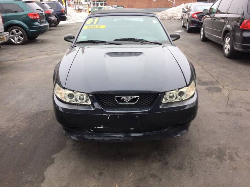 2001 Ford Mustang for sale at Olsi Auto Sales in Worcester MA
