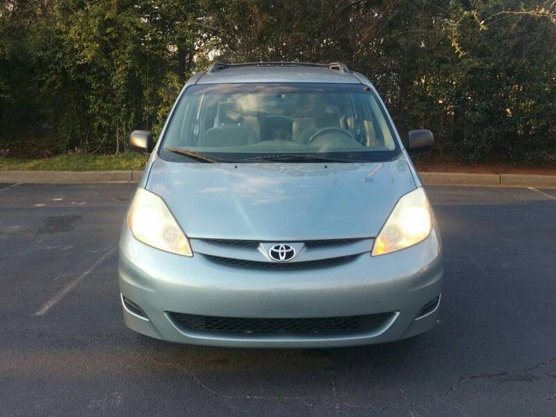2006 Toyota Sienna for sale at Wheels To Go Auto Sales in Greenville SC