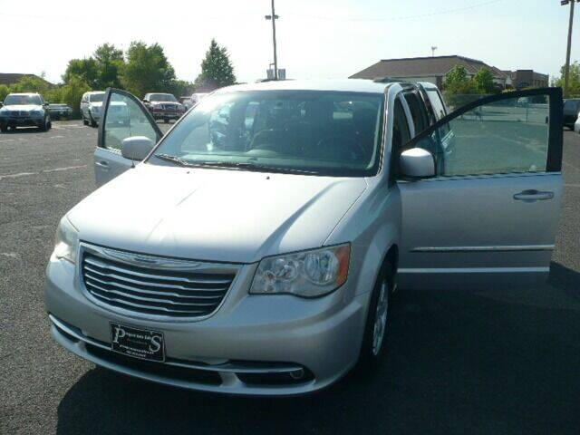 2011 Chrysler Town and Country for sale in Osseo, MN