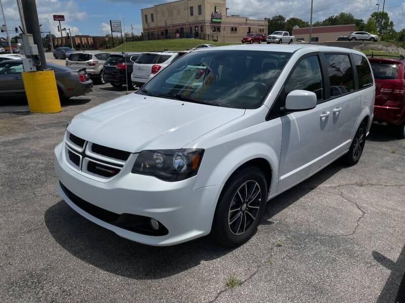 2019 Dodge Grand Caravan for sale at Greg's Auto Sales in Poplar Bluff MO