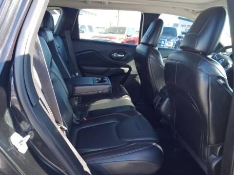 2015 Jeep Cherokee for sale at Hugo Motors INC in El Paso TX