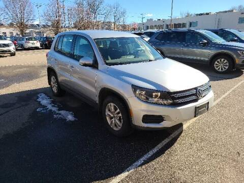 2013 Volkswagen Tiguan for sale at BETTER BUYS AUTO INC in East Windsor CT