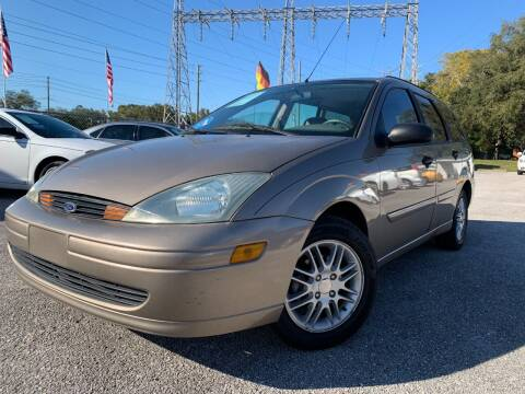 2004 Ford Focus for sale at Das Autohaus Quality Used Cars in Clearwater FL