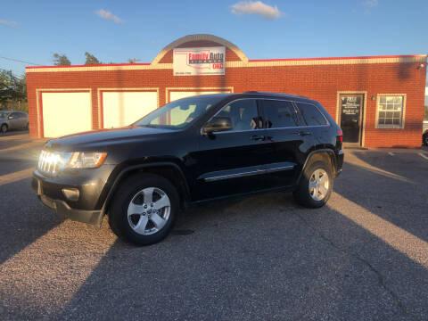 2013 Jeep Grand Cherokee for sale at Family Auto Finance OKC LLC in Oklahoma City OK