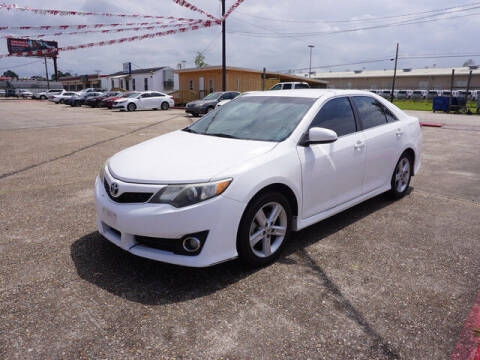 2013 Toyota Camry for sale at BLUE RIBBON MOTORS in Baton Rouge LA