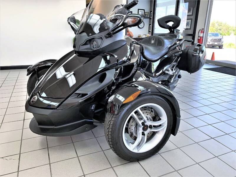 2012 BRP CAN AM for sale at SAINT CHARLES MOTORCARS in Saint Charles IL