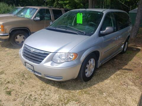 2007 Chrysler Town and Country for sale at Northwoods Auto & Truck Sales in Machesney Park IL