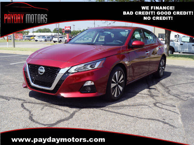 2020 Nissan Altima for sale at Payday Motors in Wichita KS