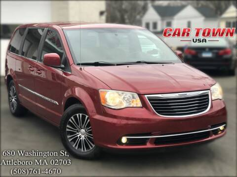 2013 Chrysler Town and Country for sale at Car Town USA in Attleboro MA