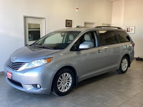 2016 Toyota Sienna for sale at DAN PORTER MOTORS in Dickinson ND