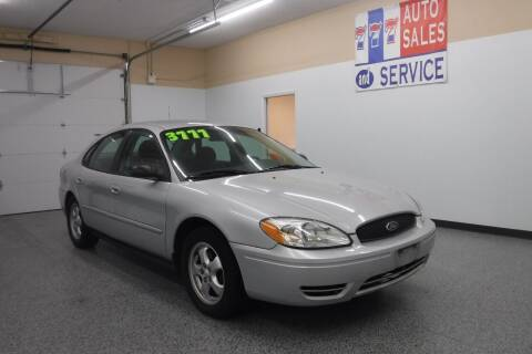 2009 Ford Taurus for sale at 777 Auto Sales and Service in Tacoma WA