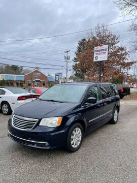 2014 Chrysler Town and Country for sale at NEWFOUND MOTORS INC in Seabrook NH
