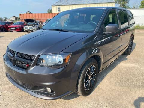 2017 Dodge Grand Caravan for sale at SUNSET CURVE AUTO PARTS INC in Weyauwega WI