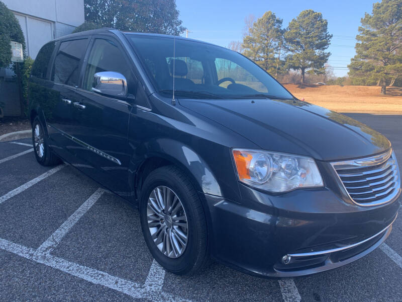 2014 Chrysler Town and Country for sale at CarWay in Memphis TN