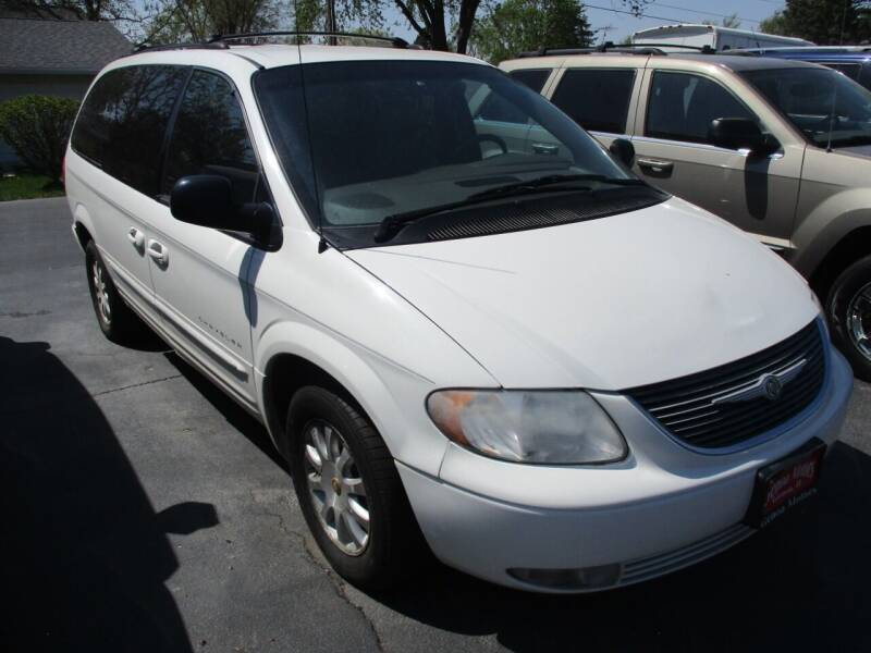 2001 Chrysler Town and Country for sale at GENOA MOTORS INC in Genoa IL