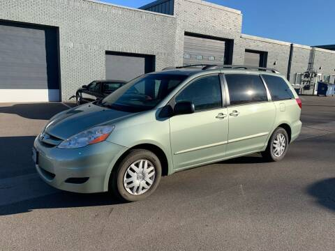 2006 Toyota Sienna for sale at The Car Buying Center in St Louis Park MN