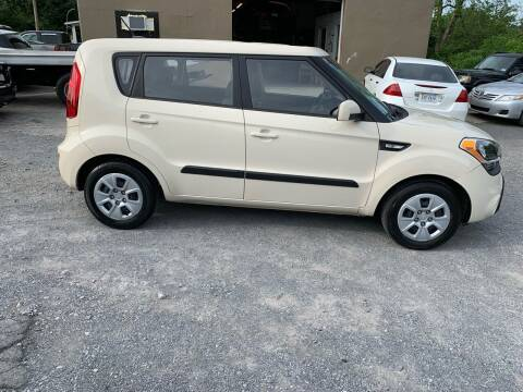 2012 Kia Soul for sale at GET N GO USED AUTO & REPAIR LLC in Martinsburg WV