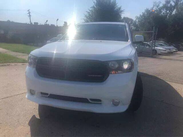 2013 Dodge Durango for sale at The Family Auto Finance in Redford MI