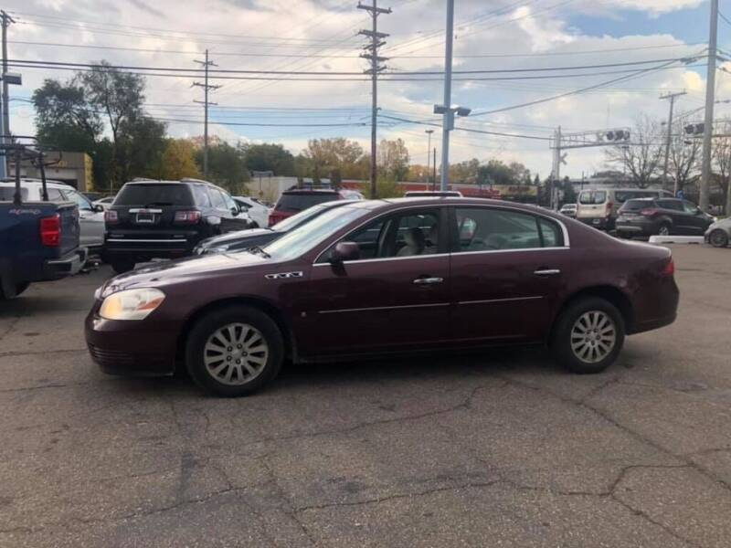 2006 Buick Lucerne for sale at R&R Car Company in Mount Clemens MI
