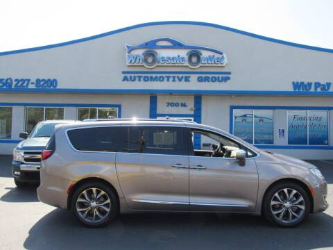 2017 Chrysler Pacifica for sale at The Wholesale Outlet in Blackwood NJ