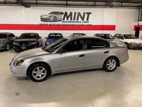 2005 Nissan Altima for sale at MINT MOTORWORKS in Addison IL