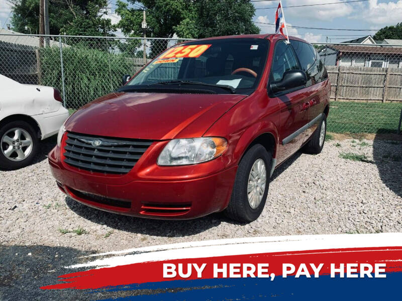 2006 Chrysler Town and Country for sale at Marti Motors Inc in Madison IL