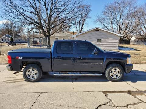 2008 Chevrolet Silverado 1500 for sale at RIVERSIDE AUTO SALES in Sioux City IA