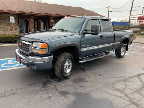 2007 GMC Sierra 2500HD Classic for sale at Clarks Auto Sales in Connersville IN