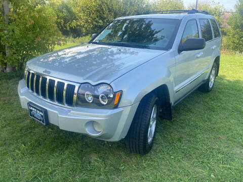 2005 Jeep Grand Cherokee for sale at Lewis Blvd Auto Sales in Sioux City IA