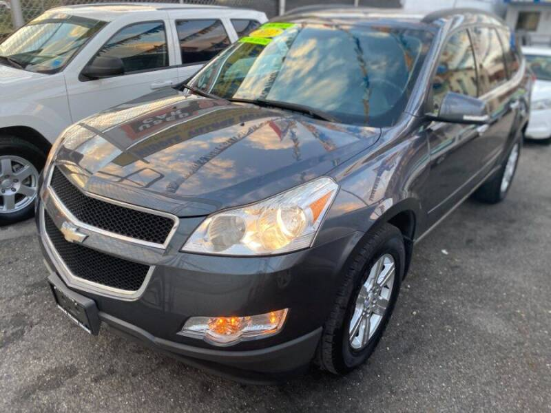 2012 Chevrolet Traverse for sale at Middle Village Motors in Middle Village NY