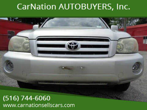 2004 Toyota Highlander for sale at CarNation AUTOBUYERS, Inc. in Rockville Centre NY