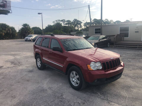 2010 Jeep Grand Cherokee for sale at Friendly Finance Auto Sales in Port Richey FL