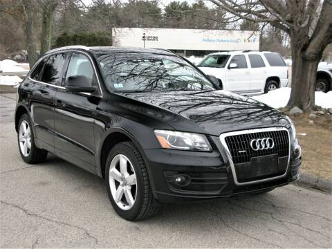 2010 Audi Q5 for sale at The Car Vault in Holliston MA