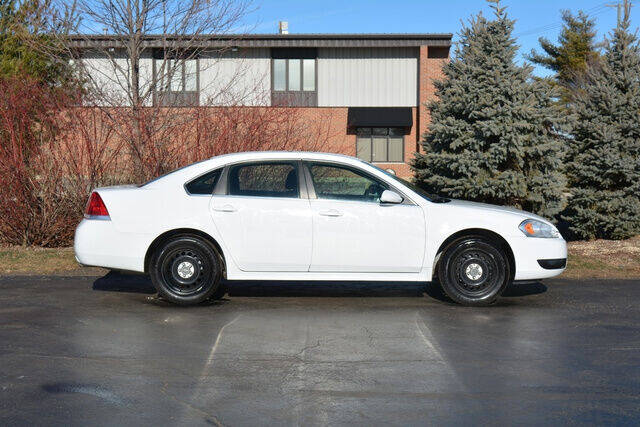 2016 Chevrolet Impala Limited for sale at Signature Truck Center in Crystal Lake IL