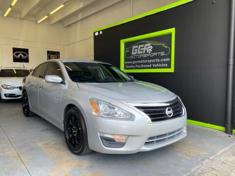 2015 Nissan Altima for sale at GCR MOTORSPORTS in Hollywood FL