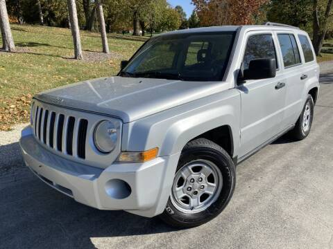 2008 Jeep Patriot for sale at Bloomington Auto Sales in Bloomington IL