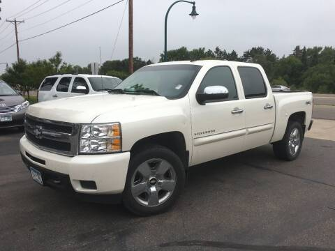 2011 Chevrolet Silverado 1500 for sale at Premier Motors LLC in Crystal MN