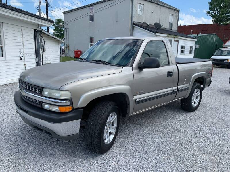 1999 Chevrolet Silverado 1500 for sale at Bridge Street Auto Sales in Cynthiana KY
