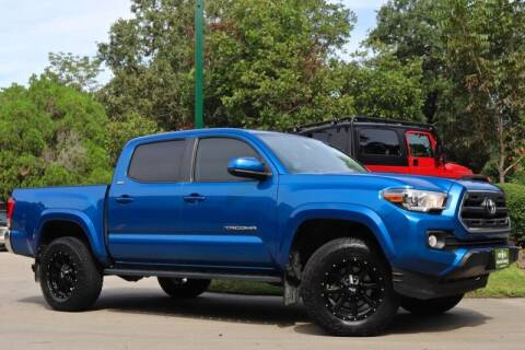 2017 Toyota Tacoma for sale at SELECT JEEPS INC in League City TX