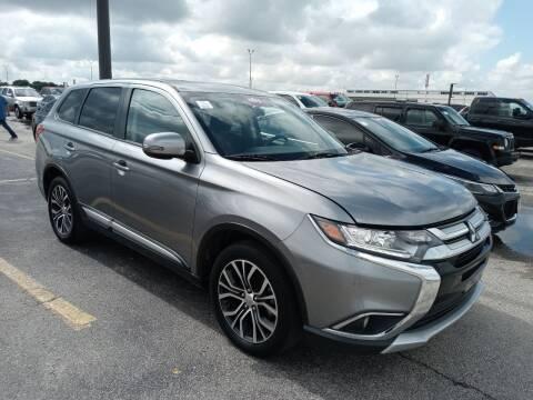 2018 Mitsubishi Outlander for sale at RICKY'S AUTOPLEX in San Antonio TX