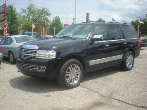 2008 Lincoln Navigator for sale at Automotive Center in Detroit MI
