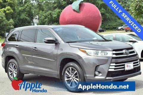 2019 Toyota Highlander for sale at APPLE HONDA in Riverhead NY