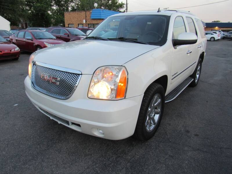 2011 GMC Yukon for sale at PLATINUM AUTO SALES in Dearborn MI